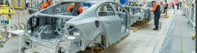 1427739037-Volvo-S60L-production-Chengdu-China-small